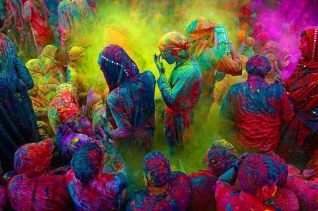 20150310_holi-festival-from-the-album-living-color-colour-as-experience-1994-1341906677_org